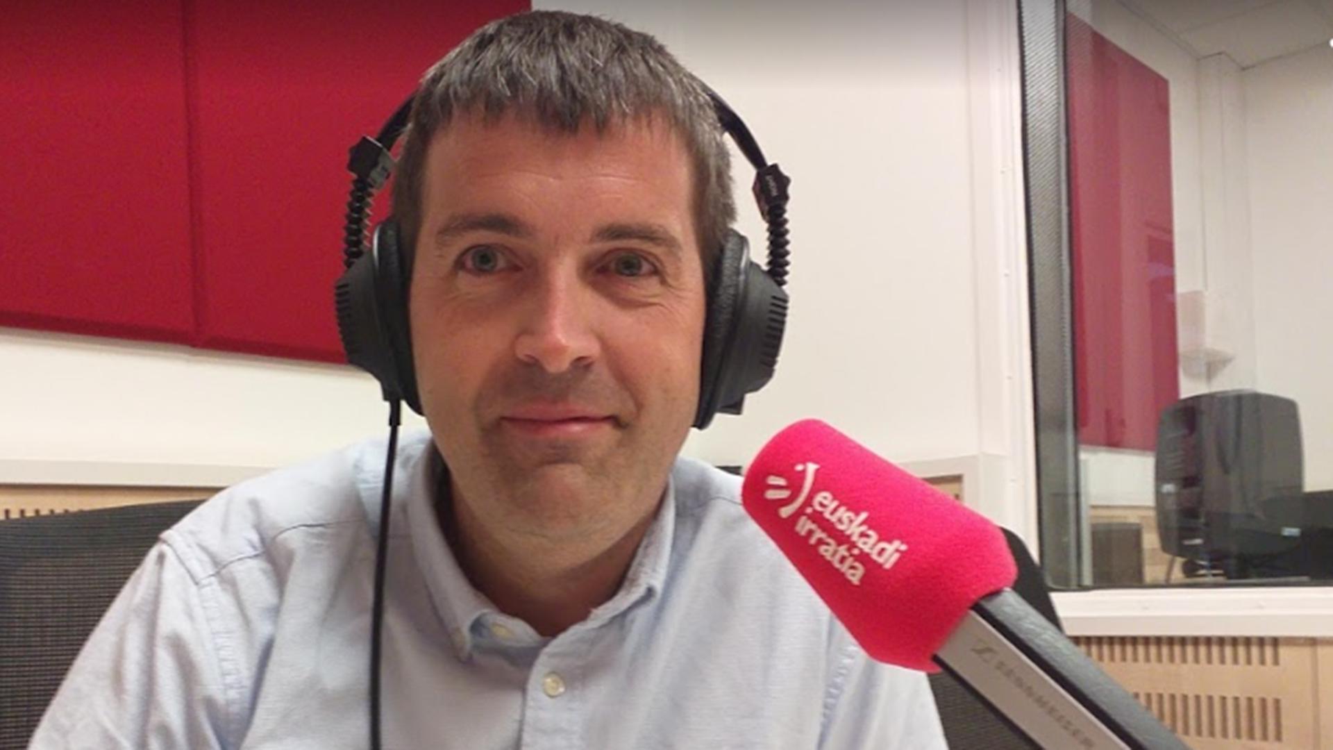 Xabier Gorrrotxategi, de LKS KREAN, habla en Euskadi Irratia sobre proyectos de recuperación de riveras de río.